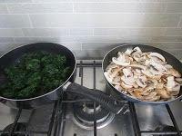 Lasagne con vellutata di patate al taleggio, spinaci e funghi