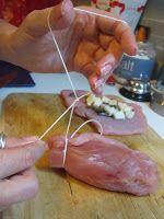Rollè di tacchino ripieno di funghi e provola con salsa di zucca