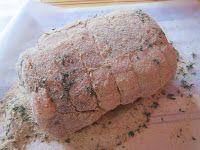 Arrosto di maiale in crosta di senape e timo con scalogni glassati