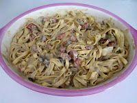 Tagliatelle con besciamella ai carciofi salsiccia e pinoli al forno