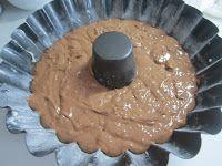 Ciambellone al cioccolato fondente e pistacchi