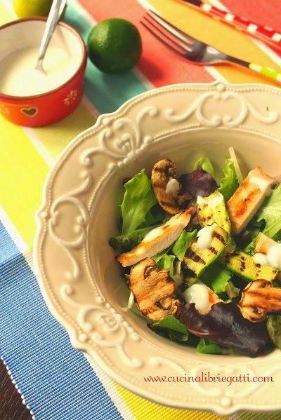 ricetta insalata di pollo e verdure grigliate con salsa allo yogurt