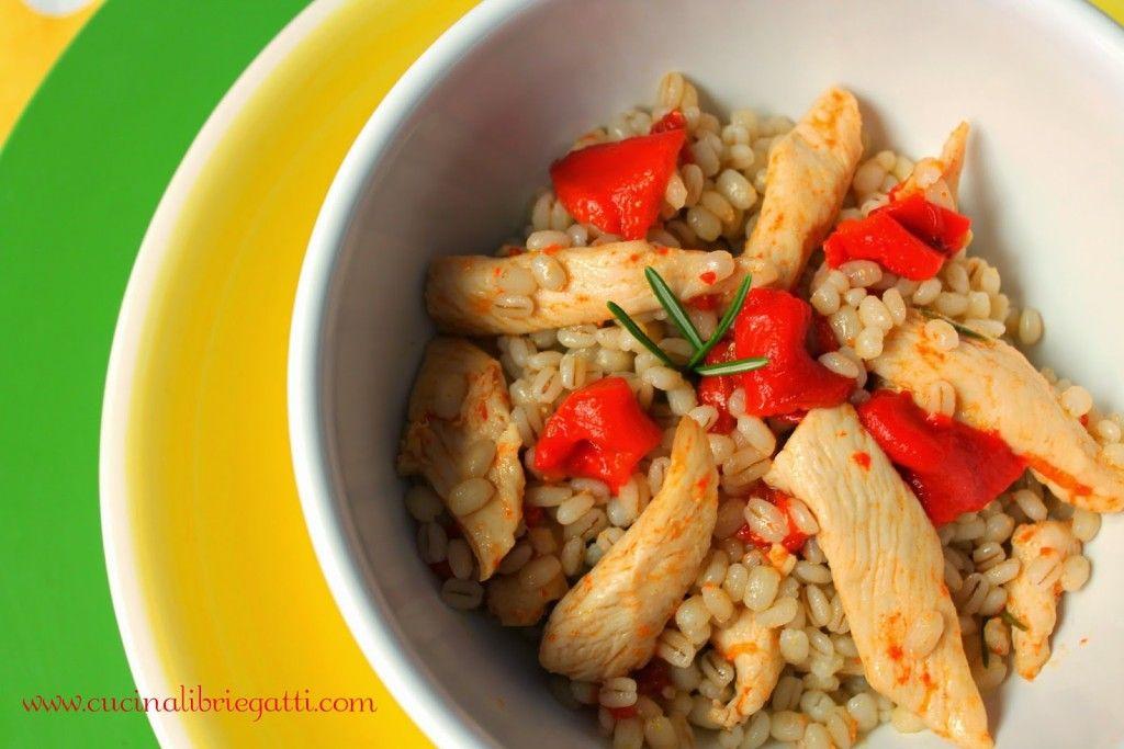 insalata orzo pollo peperoni