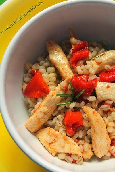 ricetta insalata orzo pollo peperoni